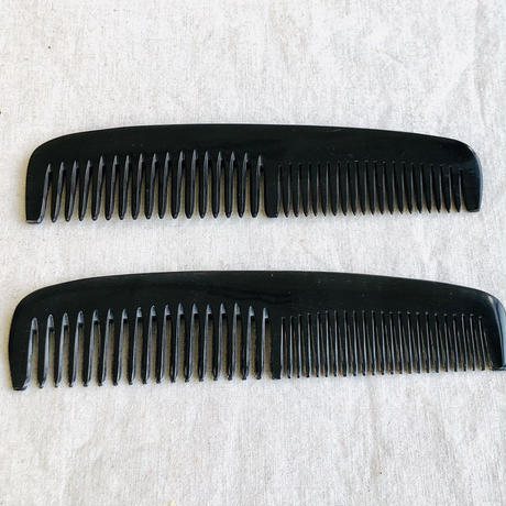 Kostkamm / Horn hairdressing  comb / 19cm /wide -narrow / コストカム /水牛櫛