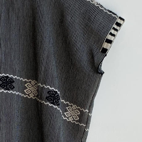 pips ropa /  hand woven cotton black & white  huipil  / from Chiapas