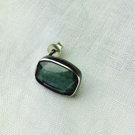 ishi jewelry  / earring sencillo aquamarine moss / イシ ジュエリー  シルバー片耳ピアス / アクアマリンモス