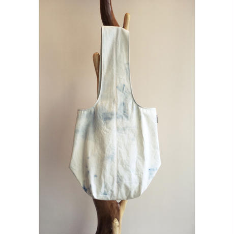 perfume bottle bleach bag