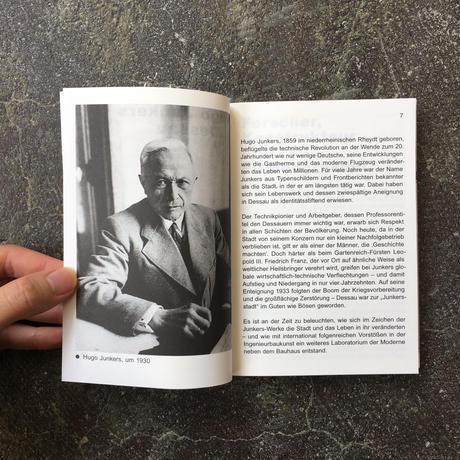 JUNKERS BAUT.EINE SPURENSUCHE-Bauhaus Taschenbuch13-German Edition