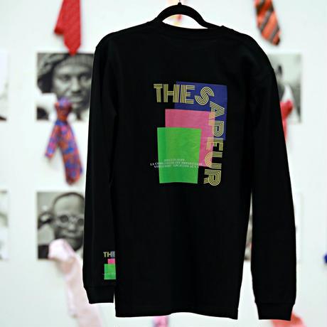 Unisex LONG T-Shirt / L02( タイポグラフィー・ボディカラー=黒)