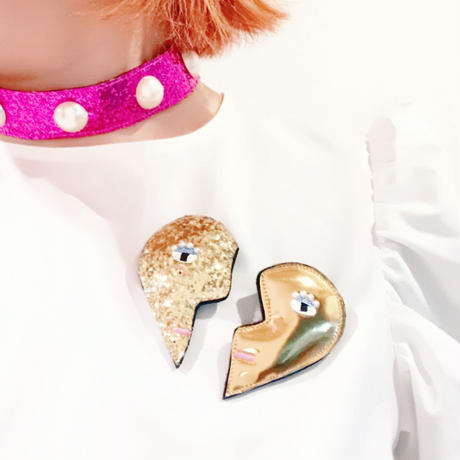 heart shape brooch/glitter gold