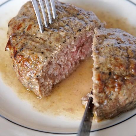[冷凍発送]クリスチアノの牛肉ハンバーグ