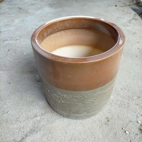 比較的きれいな火鉢(直径25cm)