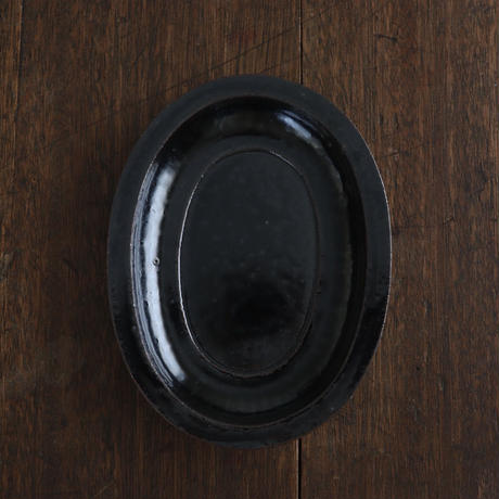高島悠吏 黒釉リム楕円皿S