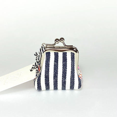 Micro Pouch / 042604