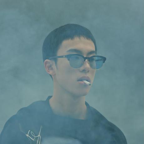 Double Lovers_cigarette_blue