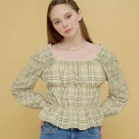 「Margarin fingers」volume square top