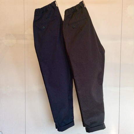 Cotton Twill  Two-tuck  Loose Tapered Pants