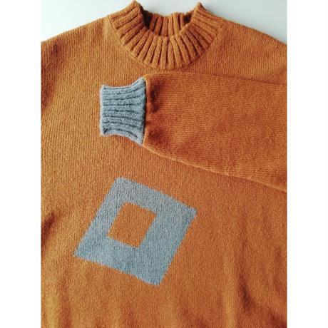 Floating Square (浮遊する四角のセーター)大きいサイズ