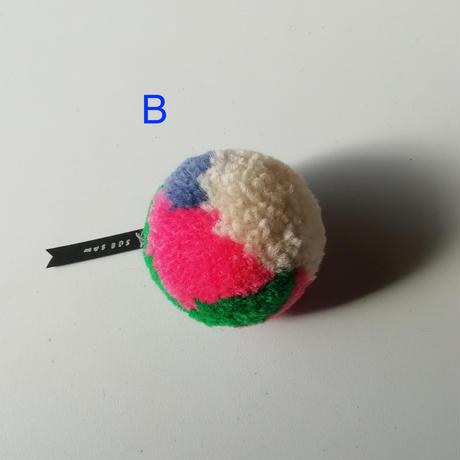 pompom brooch (ブローチ)A-E