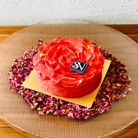 Mother's day cake - a flower