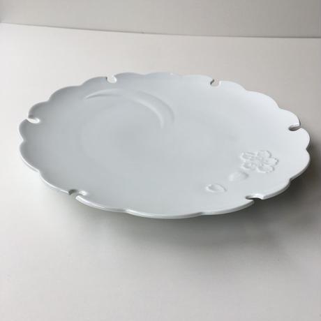 白磁彫雪月花文大皿 有田焼花伝作