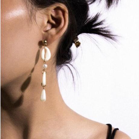 ¥1950 earrings
