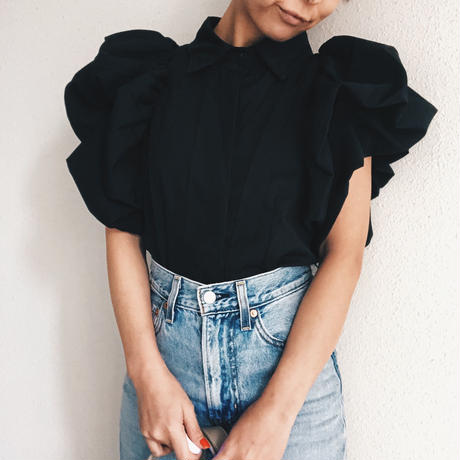 【即納】 Volume shoulder tops
