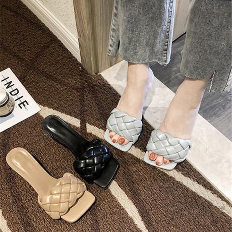 amiami sandal