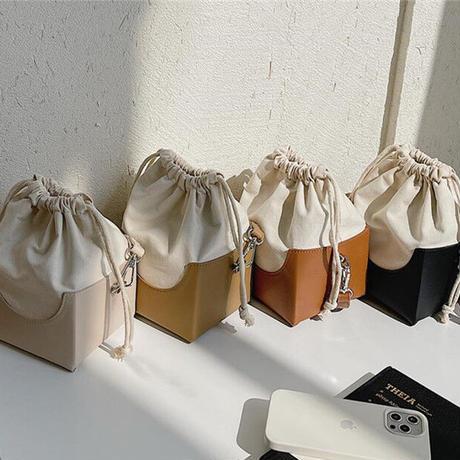 cube shoulder bag