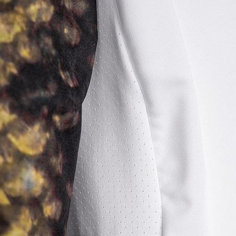 パフォーマンス ロングスリーブシャツ<ブラックバス>