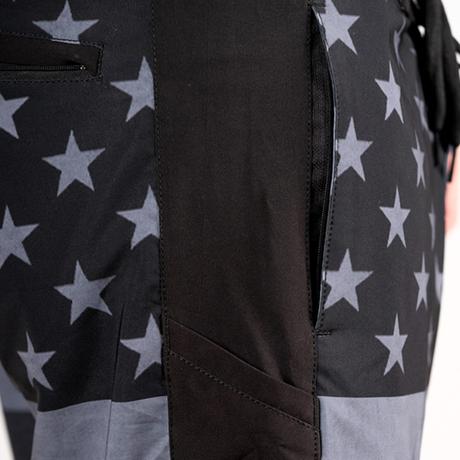 ボードショーツ<ブラック星条旗>