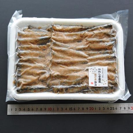 いわし甘露煮金ごま包み(約40尾/800g)