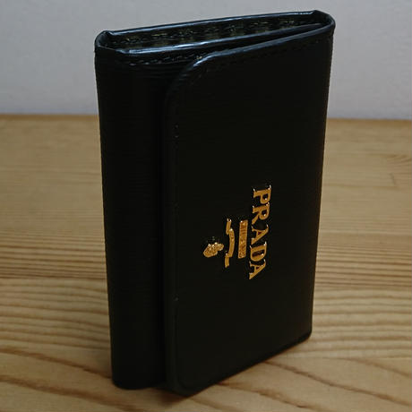 プラダ 6連キーケース 1PG222