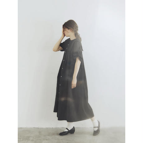 天日干しコットン・スクエアカラー・ワンピース/ブラック