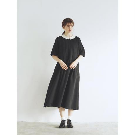 アイリッシュリネン&コットン・タックワンピース/ブラック