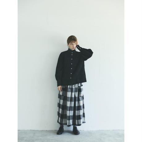 コットンリネン・ドット・ ラッフル・ブラウス/ブラック