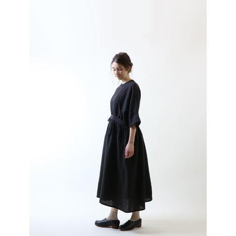 スラブリネン・ギャザーワンピース/ブラック
