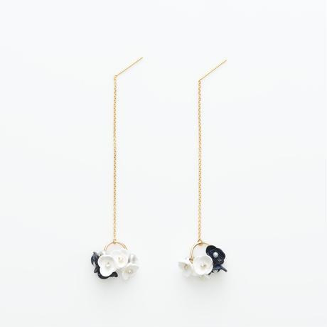 Mari Earrings -navy- ピアス
