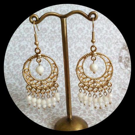 SALE!白珊瑚&トルコ製GOLDメタルフリンジピアス