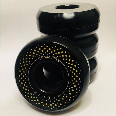 Kaltik Black Spinners 60mm 90A black/gold 4個セット