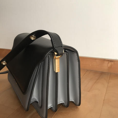 【即納】leather box bag ( black &glay )