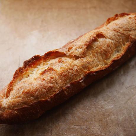 食事によく合うフランスパン(1個入り)