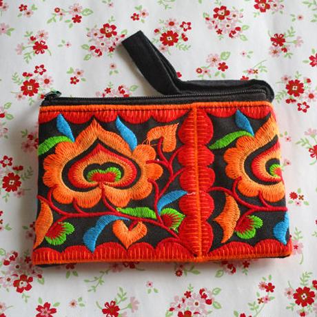 刺繍ポーチ(オレンジ)
