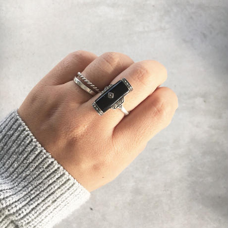 silver  ring (onyx&marcasite)