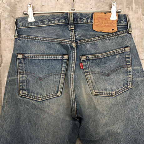 Levis501 Red line A102