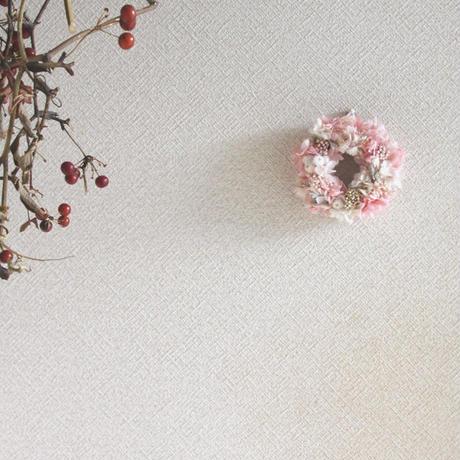 プリザーブドフラワーのちっちゃなリース(ピンク&ホワイト お箱入り)