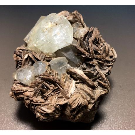 天然アクアマリン・クラスター原石 雲母共生 AQ-005