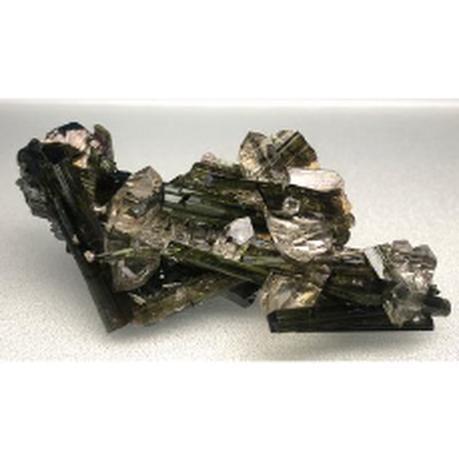 グリーン・トルマリン水晶共生・コレクションアイテム TOL-002