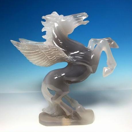 希少・一刀彫 天然生めのう ペガサス 彫刻:中国
