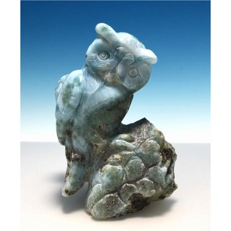 天然ラリマー(ペクトライト) ふくろう     彫刻:中国