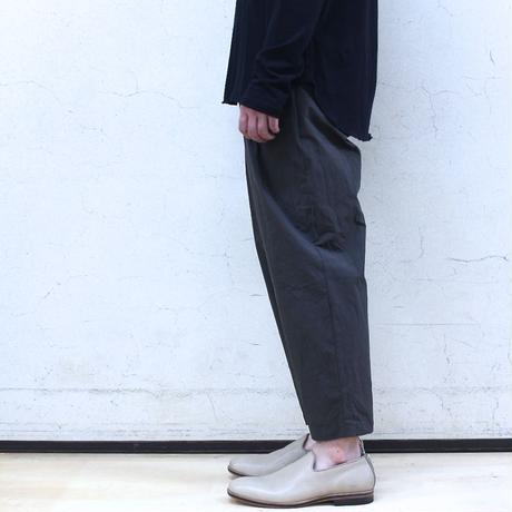 Cotton typewriter tuck pants (navy)