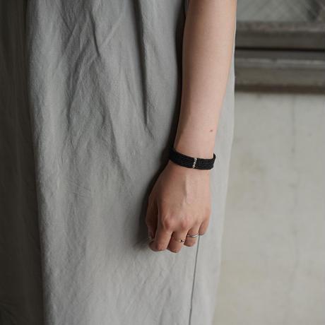 糸ブレスレット 01