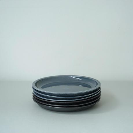 Plate 200 / Gray