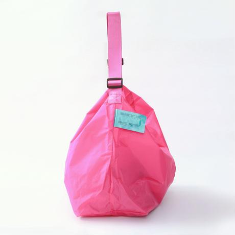 SHIBUKUROオリジナルショルダーバッグ《先着!数量限定 ボールチェーンタグセット》(ピンク)