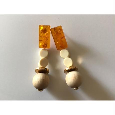 ● beads___assembly 14  pierced earrings