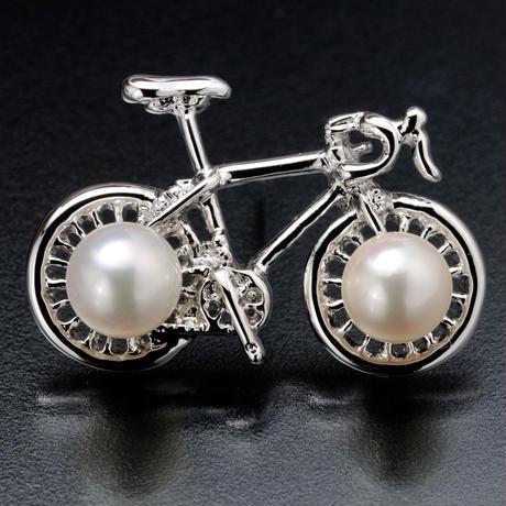 GIANT自転車タックブローチ