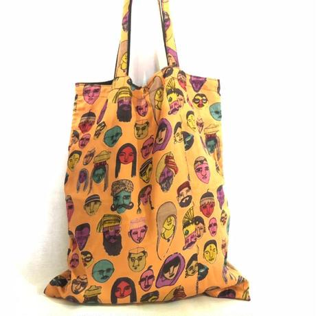 インド人の顔バッグ